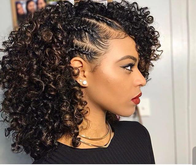 Penteados para cabelos cacheados Trança
