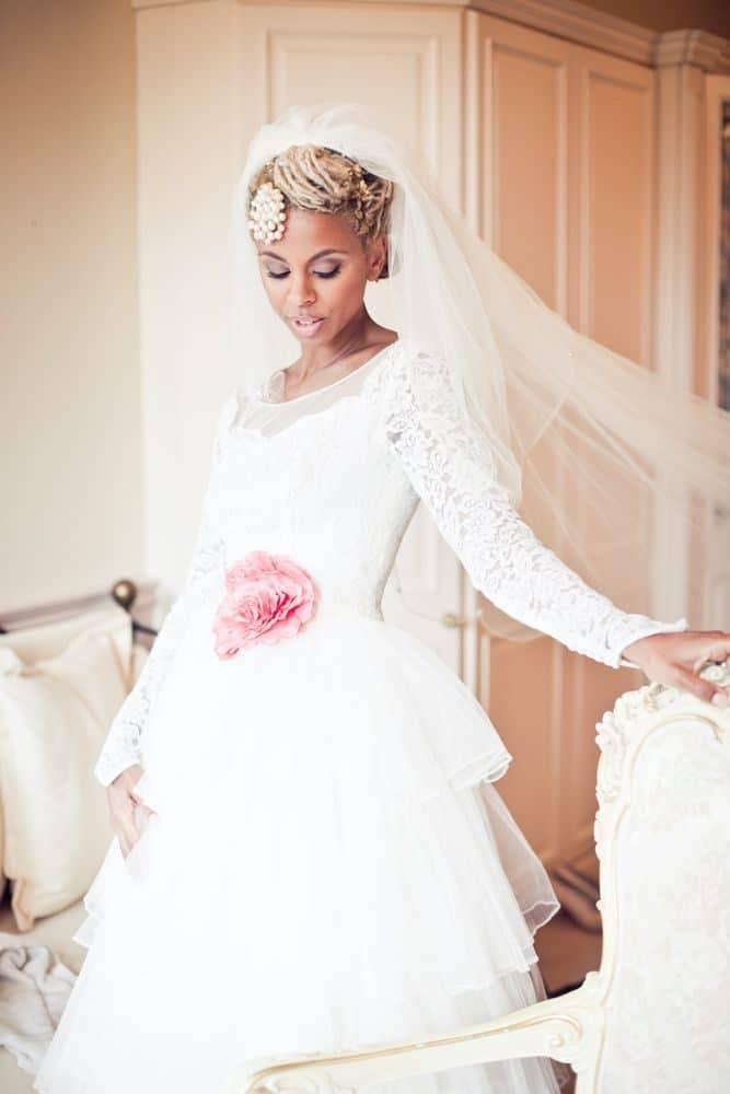 wedding-hairstyles-for-long-natural-hair-noivas-negras-penteados-para-casamento-cabelos-crespos-2-7937442-4615579-1149588