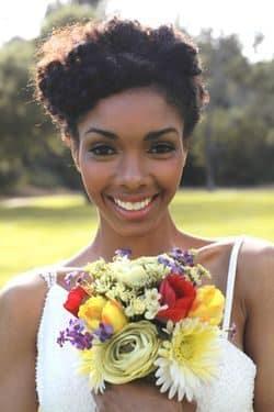 wedding-hairstyles-for-long-natural-hair-noivas-negras-penteados-para-casamento-cabelos-crespos-4-8613802-3449604-7418824