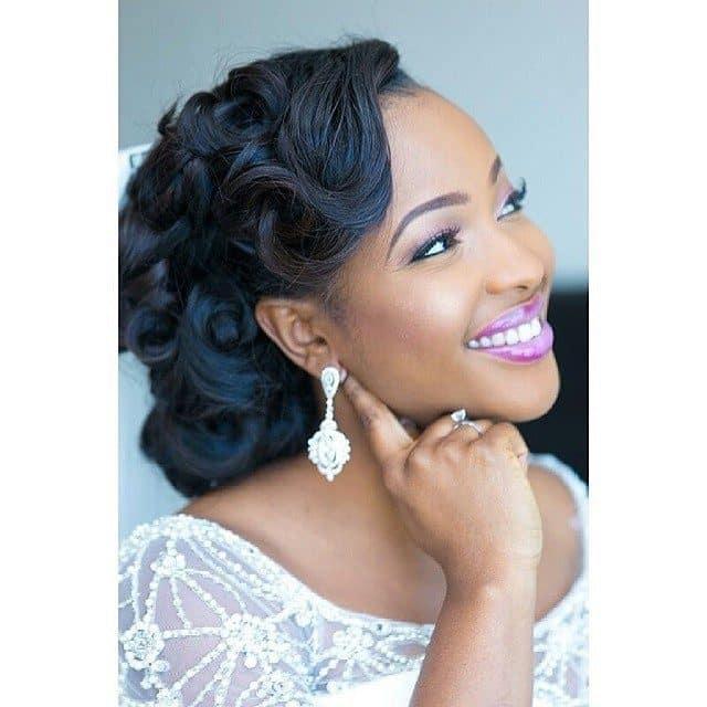 wedding-hairstyles-for-long-natural-hair-noivas-negras-penteados-para-casamento-cabelos-crespos-58-3847946-9542436-7472416