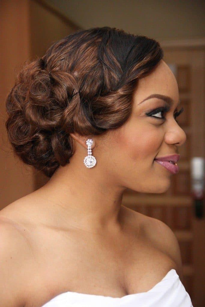 wedding-hairstyles-for-long-natural-hair-noivas-negras-penteados-para-casamento-cabelos-crespos-59-8021759-1887244-8911930