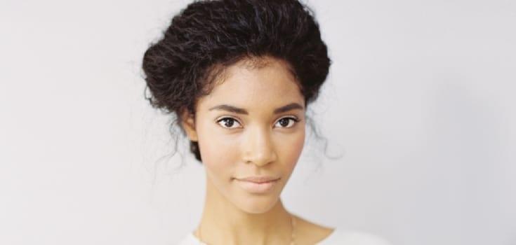 inspirações de cabelo crespo para noivas negras