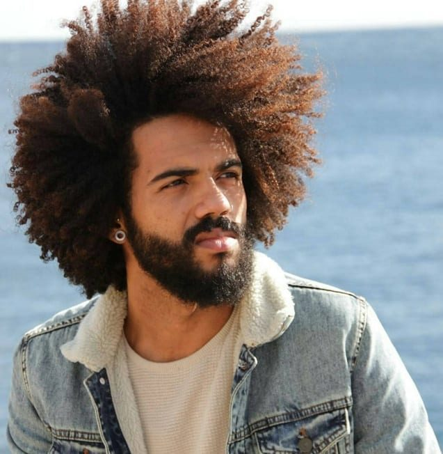Cortes de cabelo afro masculino natural e sem corte 2 8528505 4981715