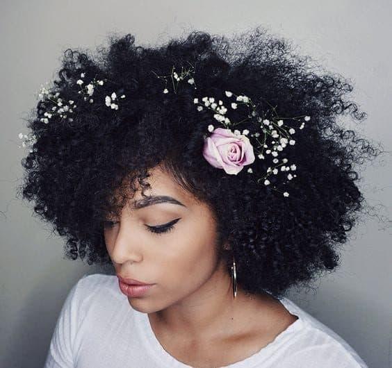 Imagem Tumblr penteados flores noivas 12 9287432 2275228